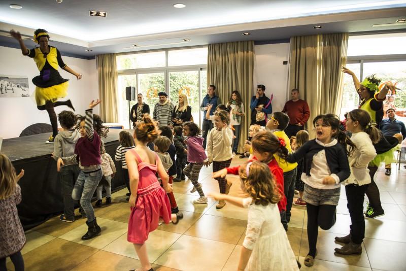 Bailes infantiles.