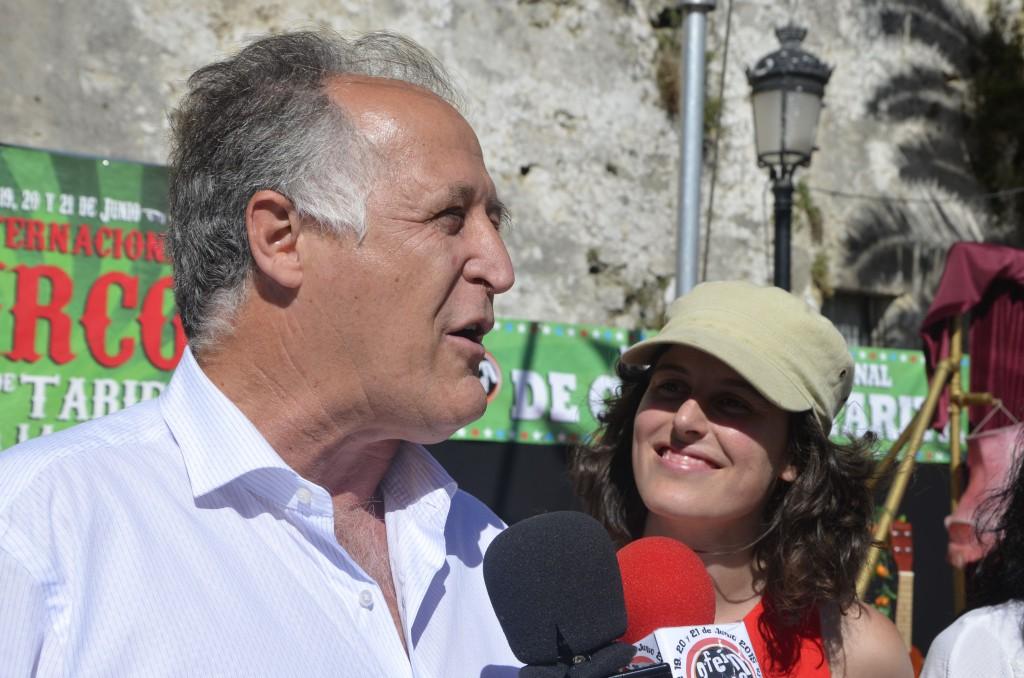Juan Andrés Gil participando de la apertura de Feincita.